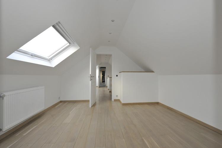 am nagement grenier photos aca r novation. Black Bedroom Furniture Sets. Home Design Ideas